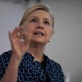 Hillary Clinton arremete contra Trump por la reconstrucción de Puerto Rico
