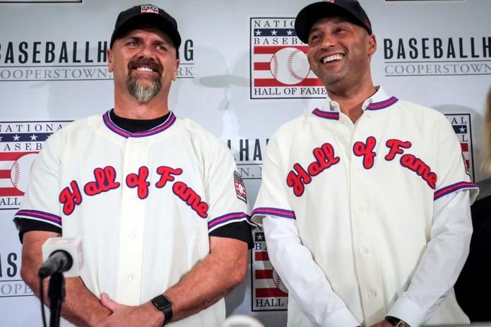 Derek Jeter y Larry WAlker fueron elegidos como nuevos miembros del Salón de la Fama en el 2020.