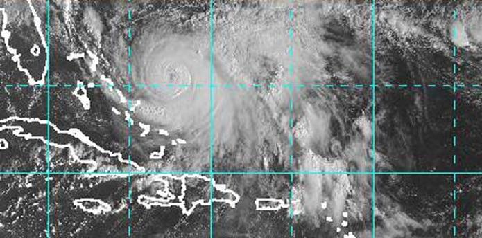 Inicialmente, las lluvias se concentrarán en la zona sur de la Isla, pero a medida que el huracán se mueva hacia el norte, se deben registrar aguaceros en esa zona. (noaa.gov)