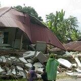 Muertos por el terremoto en Indonesia aumentan a 23