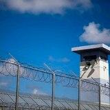 Encarcelan joven acusado por asalto en Bayamón