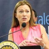 Juez federal emite orden a Julia Keleher para entregar documentos