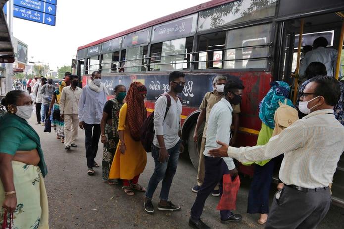 India se acerca al millón de contagiados por coronavirus