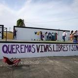 """Realizan pintata """"¡Nos Queremos Vivas, Libres y Sin Miedo!"""" en Loíza"""