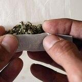 Menos muertes por opioides en Colorado tras legalización de marihuana