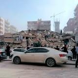Terremoto deja 41 muertos y Turquía teme un centenar más bajo los escombros