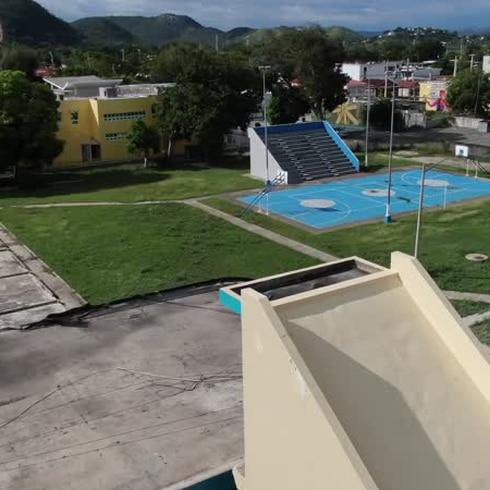 Impactantes imágenes aéreas de la escuela de Guánica tras los terremotos