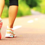 ¿Se puede rebajar solo con caminatas?