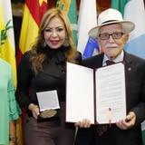 Reconocen a don Manolito, el legislador municipal de 99 años