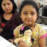 Congresistas aseguran que niños migrantes deben estar con sus familias