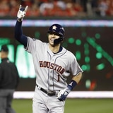 Los Astros niegan que cambiarán a Carlos Correa