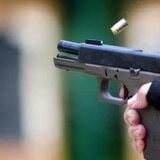 Buscan a pareja fugitiva por violación a la Ley de Armas