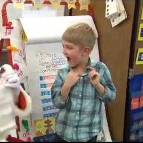 Niño le pide a Santa ver nuevamente a su papá y se lleva tremenda sorpresa
