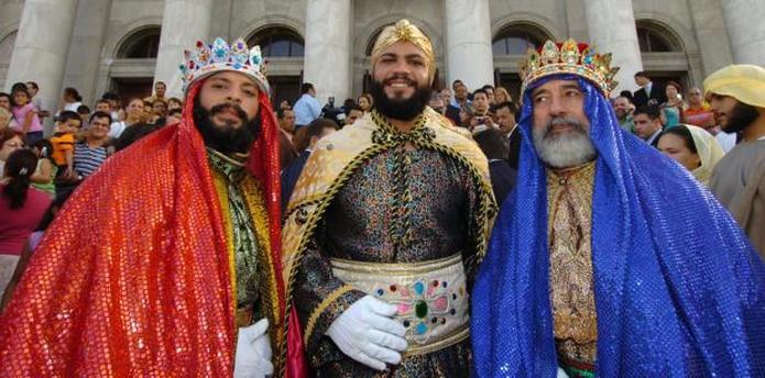 Los Reyes juanadinos durante una visita al Capitolio. (Archivo)