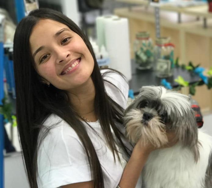 Keishla Rodríguez, joven desaparecida desde el jueves en la mañana. (Pet Salon PR / Facebook)