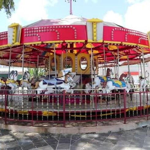 Sin vida la plaza pública de Caguas