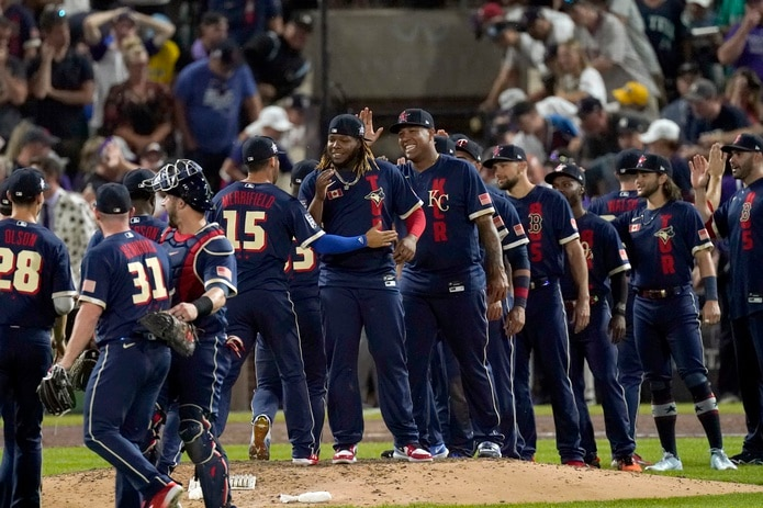Jugadores de la Liga Americana celebran tras el Juego de Estrellas del pasado martes.