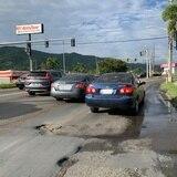 Alcalde de Cayey pide a DTOP que dé mantenimiento a las carreteras estatales