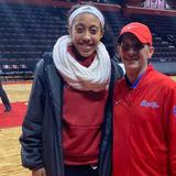 Arella Guirantes, de ascendencia puertorriqueña, es escogida en el draft de la WNBA