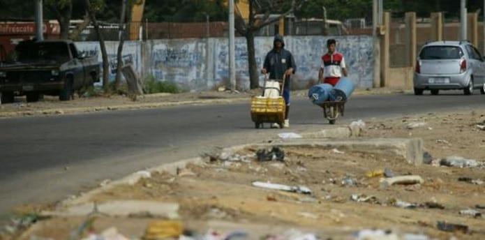 Tras el apagón nacional del 7 de marzo la capital de Zulia entró en una profunda crisis con cortes de luz que suelen extenderse por más de doce horas. (AP)