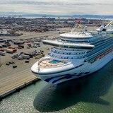 """En """"cautiverio"""" miles de tripulantes de cruceros por el coronavirus"""