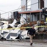 Aumentan a 19 los muertos tras tornados en Nashville