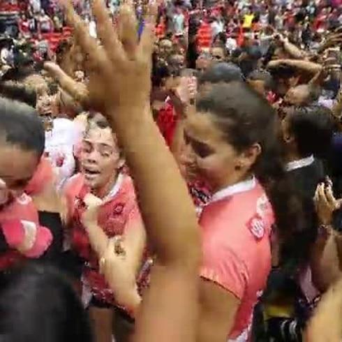 Las Criollas de Caguas festejan su triunfo
