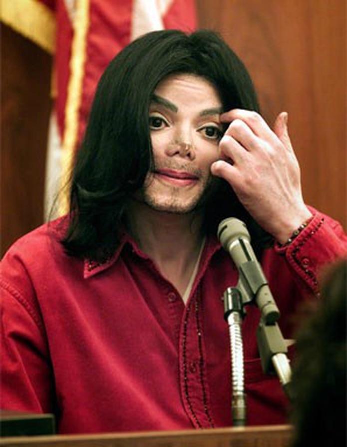 Michael Jackson enfrentó acusaciones, a lo largo de su vida, por abuso sexual a menores.(Archivo)
