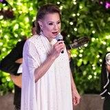 Popular dedica especial a mujeres destacadas en la música
