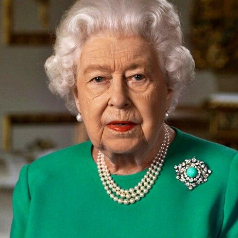 COVID-19: reaparece la reina Elizabeth II con histórico mensaje