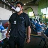Salud espera llegada de vacunas contra COVID-19 entre martes y miércoles