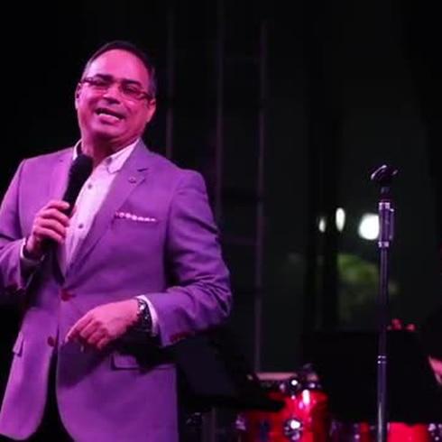 Gilberto Santa Rosa le pone sabor al Paseo la Princesa