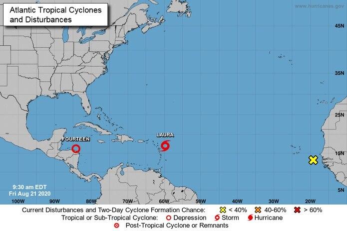 A las 9:05 a.m., la tormenta Laura se encontraba en la latitud 17.0 grados norte y la longitud 59.8 grados oeste.