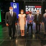 """Candidatos a la gobernación en """"El Gran Debate"""" de Wapa"""