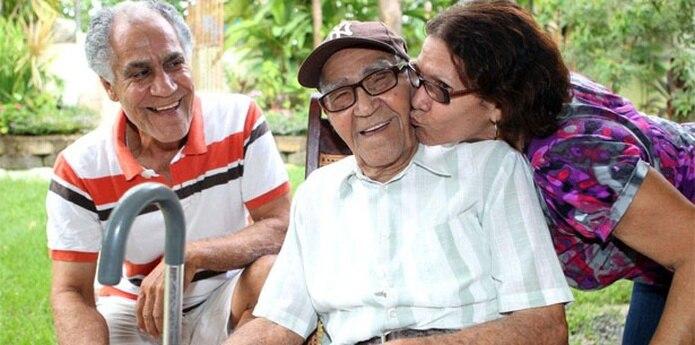 A pesar de la edad, don Millo solo padece de sordera y su estado de salud es tal que a  los 101 años, superó una operación al que fue sometido para colocarle un marcapasos. (gabriel.lopez@gfrmedia.com)