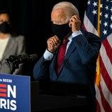 Biden pide hacer obligatorio el uso de mascarillas en Estados Unidos