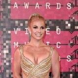 Britney Spears pela pa'bajo tras suspensión de la tutela de su padre