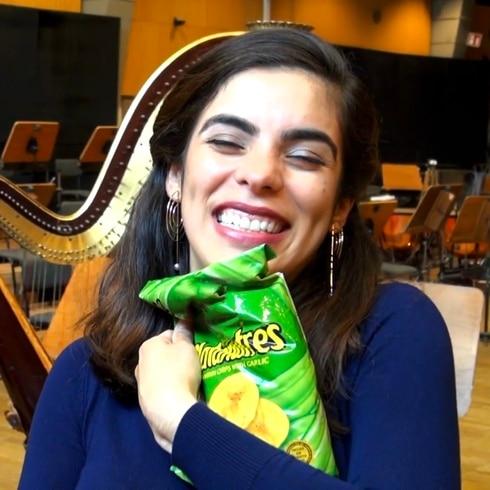 Sorprendimos con platanutres a una soprano boricua en Alemania