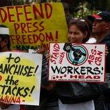 Filipinas ordena cerrar la mayor cadena de televisión por críticas al presidente
