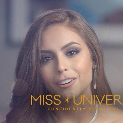 Miss Puerto Rico se presenta al universo