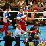 La noche que Miguel Cotto ganó su primer título mundial