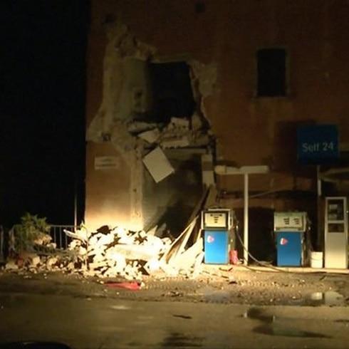 Colapsan edificios tras terremotos en Italia