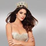 Coronan a Estefanía Soto como Miss Universe Puerto Rico
