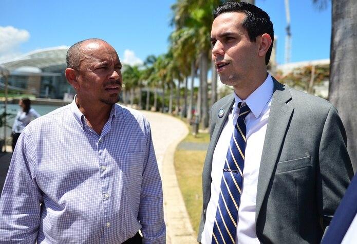 Iván Rivera, presidente de la Federación Puertorriqueña de Fútbol (derecha), sostuvo que está concentrado en los planes de la entidad.