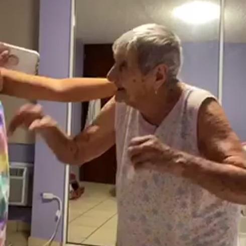 Doña Isabel tira pa' 'lante a sus 106 años