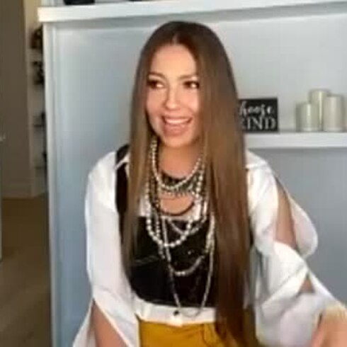 Thalía juega con el ritmo urbano
