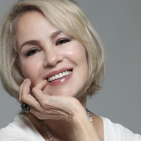 Nydia Caro regresa a sus memorias de la infancia para celebrar Navidad