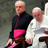 """El papa expresa su """"vergüenza"""" por la incapacidad de la Iglesia en los casos de abusos"""