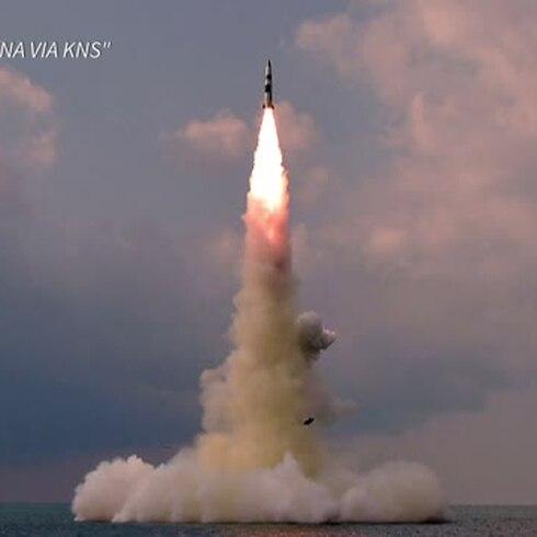 Nueva prueba de un misil balístico desde un submarino