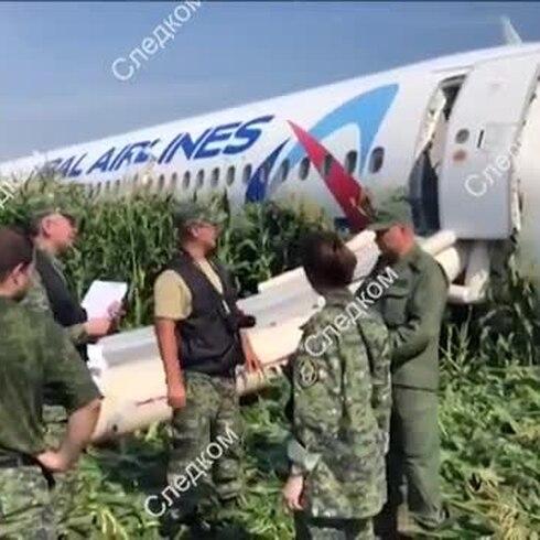 Este avión ruso hizo un aterrizaje de película
